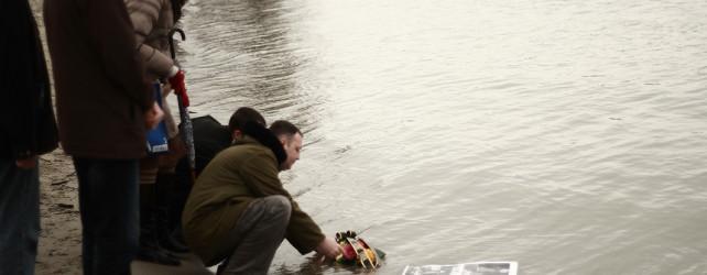 14_Спуштање сузе у реку